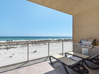 Incredible New 4br/3ba  Beach Front Town Home/Sleeps 12 with Hot Tub and Pool(s)