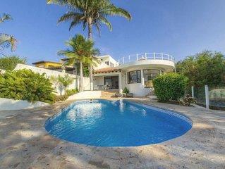 Beachfront Villa in Paradise