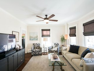 *FULL Summer rental-NEWLY renovated Downtown Newport with Parking!