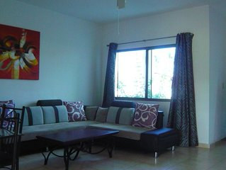 Nice duplex house in secured residence, front beach. Pool and social area.
