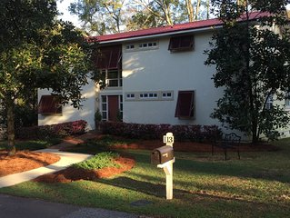 Fully Furnished - Fairhope Bluff area ~ Minimum 1-month stay (May 15-October 31)