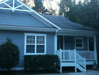 Perfect Location to enjoy everything... beach, downtown, UNCW and more!