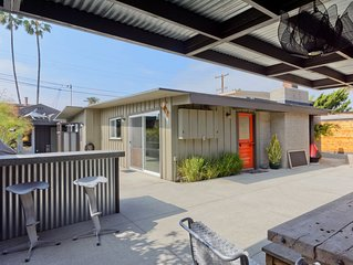 Private Entertainer's Delight in the heart of the beach colony area of Del Mar