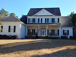 4 Bedrooms/Large TV Room/Pool - Woodside Plantation - Ready for the Masters!