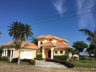 Beautiful House - Caribbean Beachfront