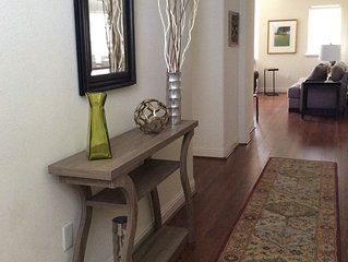 Large 3 Bedroom  2 Bath Condo in the Heart of the Wine Country