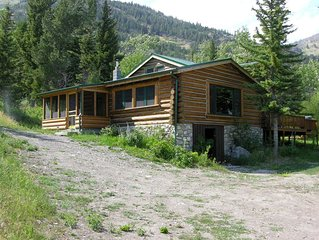 Honey's Cabin - Restored Log Cabin in the Boulder River Canyon