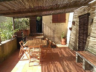 Casa Blu - private garden, parking, privacy and view