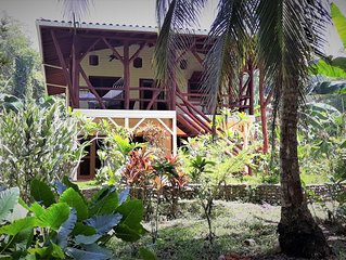 La Playa Casita at Bluff Beach Retreat in Bocas