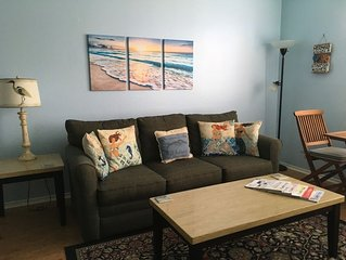 'Mermaids' 1 Bedroom on 1st Floor at Beach Club - WINTER TEXANS WELCOME!
