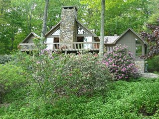 Beautiful Linville Ridge Home- Enjoy Spring Summer and Fall!!