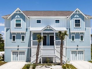 Enjoy your own BEACH PARADISE! 4BD/4BA Villa in Lost Key Golf & Beach Resort.