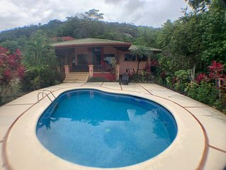 Casa De Cinema: Villa with Pool Overlooking the Pacific Ocean