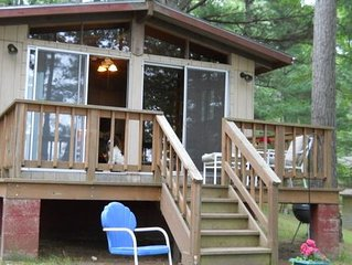 Casita - Fisherman and Family-friendly Cabin on the shore of North Trout Lake.