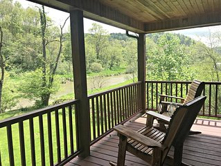 New Riverside Retreat- Todd,NC-On the New River, WIFI, FRPL, Fire Pit, Smart TV'