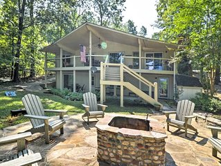 Greers Ferry Lakefront Home w/ Deck, Fire Pit & MORE!