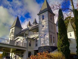 +++Real Life Castle in the Sky with the Best Views on the East Coast!+++