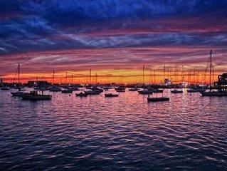Elegant 6 Bedroom Penthouse overlooking Newport Harbor & America's Cup Blvd