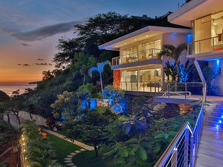 The Malinche Palace luxury villa with the stunning ocean view,close to the beach