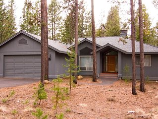 18 Whistler Lane: 3 BR / 2 BA home in Sunriver, Sleeps 8