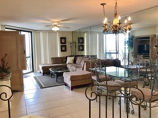 �️.Direct Beach View and Access...Great View of the Pass.....Phoenix VII�