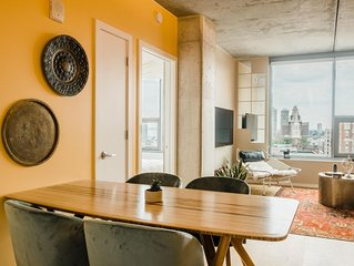 Modern & Uniquely Designed Suite in Old City