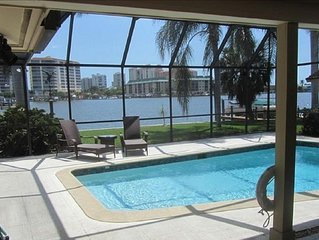Naples Fl. Vanderbilt Beach Waterfront- Magnificent Vanderbilt Bay!