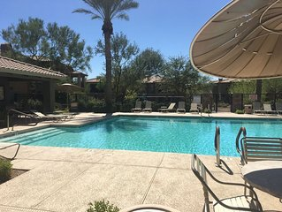 Luxurious and peaceful Scottsdale Condo - Close to everything!