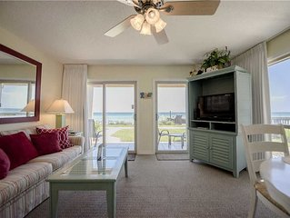 Your VACATION starts here in this family friendly condo 15, that sleeps 6! Coral