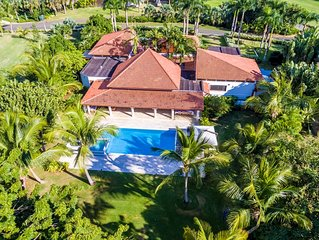 TOP RATED 5BR GOLF FRONT VILLA W/ POOL, JACUZZI, 2 GOLF CARTS, COOK & MAID