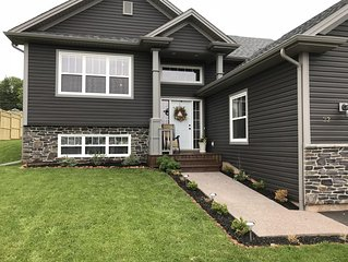 Executive 3 Bdrm Home. Great For Summer Retreats, Golf Trips, or Family Vacation