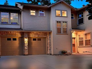 Spacious 2 story town home in the heart of The Woodlands TX