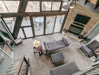 1716 Treetop Getaway by Sarah Bernard. Private Luxury!