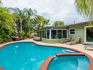 Tropical 3BR house w/ heated POOL - 10min to beach