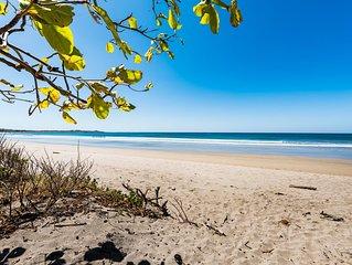 New Beachfront Rental - 4 Bedroom - Surf out Your Backdoor
