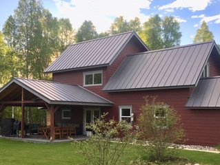 Spacious Talkeetna Home on Ruth Glacier Avenue