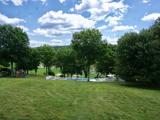 Cozy Lake Front House w. Pool near Storm King and West Point
