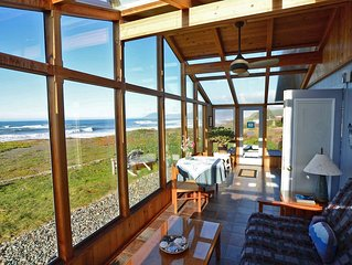 Available 9/7 - 9/20. BEACHFRONT HOME w/private beach access and HotSpring spa!