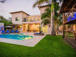 Luxury Villa, Stunning Kitchen,  Palapa, 100% Private