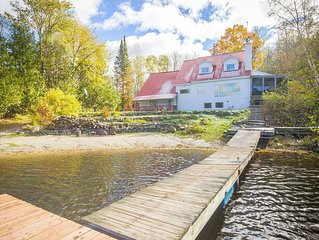 Sought Secluded Lakefront Villa near Ottawa/Edelweiss Valley Resort.