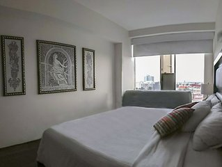 PA Suites  Near Reforma, Bellas Artes - Pool, Tours, Airport Pick Service 1009