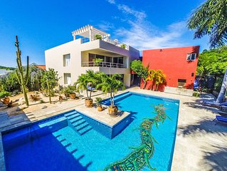 Beautiful villa backing onto Nature Reserve with large pool.