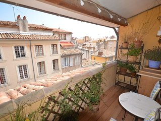 Duplex Historic City Center /Rooftop view balcony /air conditioning/free wifi