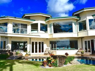 Beachfront Luxury Property with Swimming Pool and AC