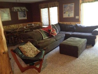 Nice updated unit with Adirondack features
