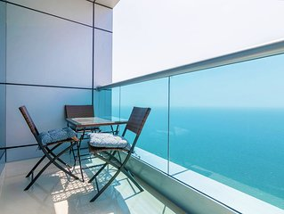 Top Floor Luxury 2BR Beach Apartment with Full Sea View