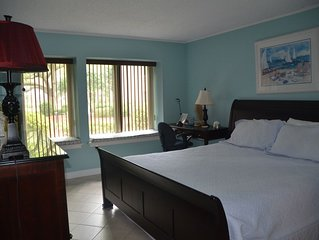 Spacious vacation rental, beautiful bathrooms, 1st floor!