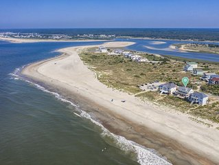 Brigantine II: 5 BR / 4.5 BA home in Oak Island, Sleeps 13