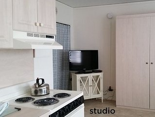Charming Driftwood Beach Club. Studio suite. Best Rates! Book Now!