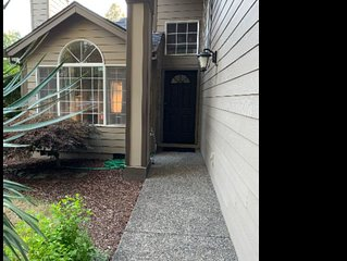 Beaverton OR, Four Season Area!!! Specious, 3 bedrooms, near everything!!!